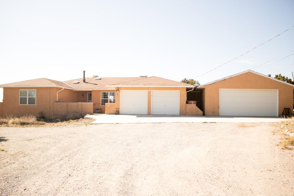 4 E Willard Road, Edgewood, NM 87015