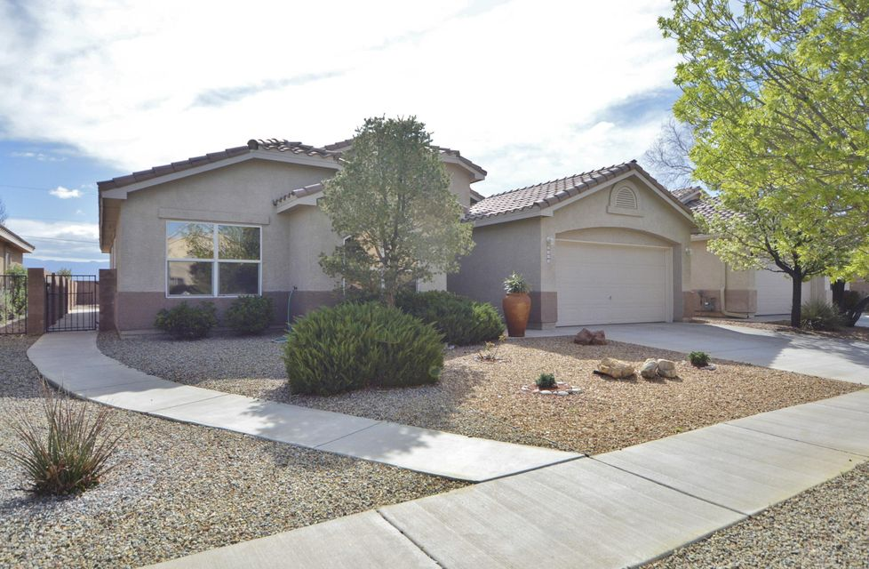 4914 Star Kachina Street NW, Albuquerque, NM 87120