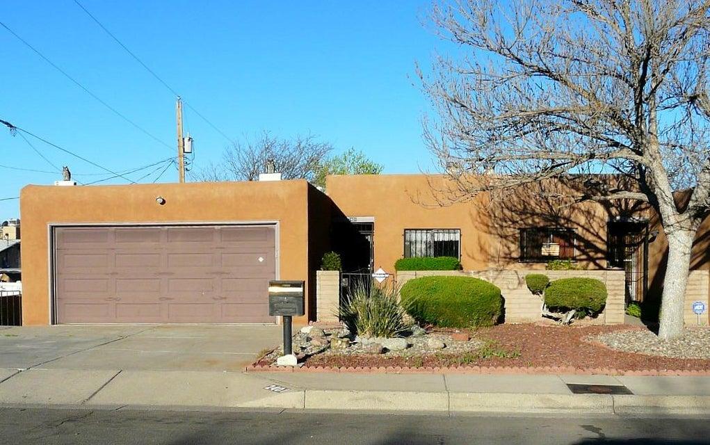 2401 Georgene Drive NE, Albuquerque, NM 87112