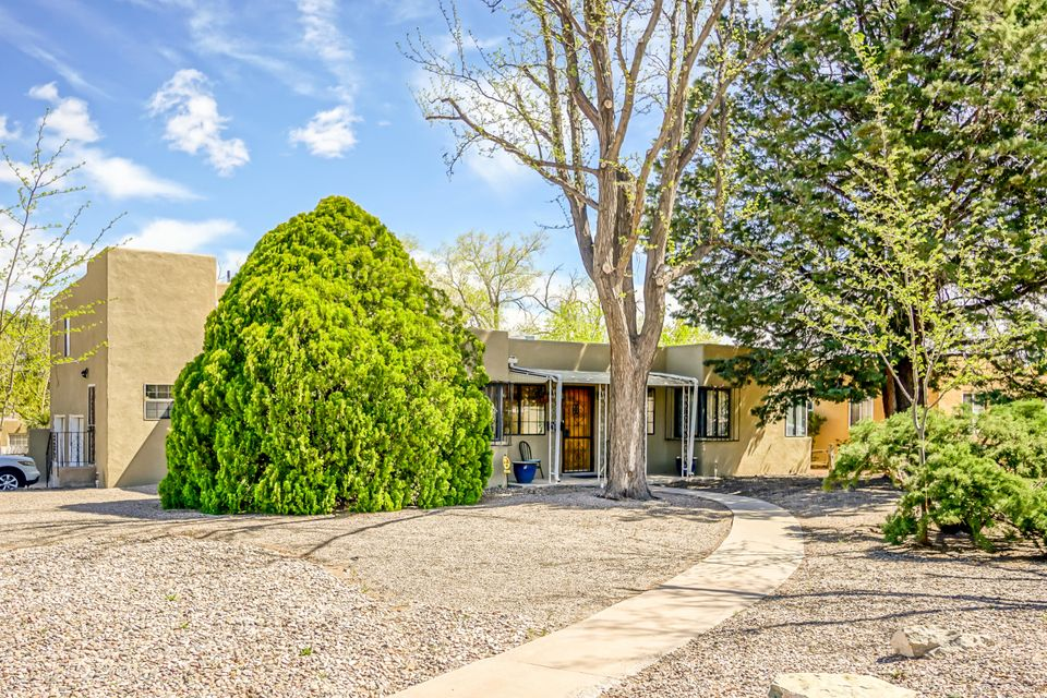 1900 Ridgecrest Drive SE, Albuquerque, NM 87108