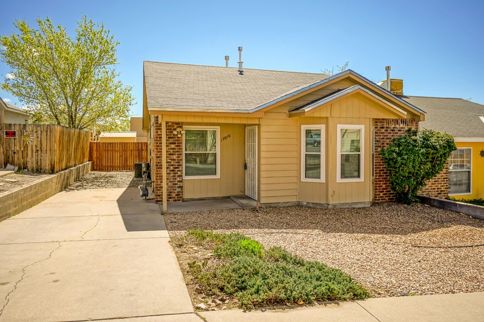 13816 Vidal Place NE, Albuquerque, NM 87123
