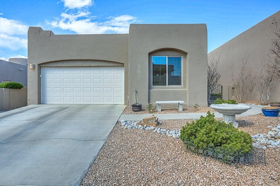 8855 Desert Fox Way NE, Albuquerque, NM 87122