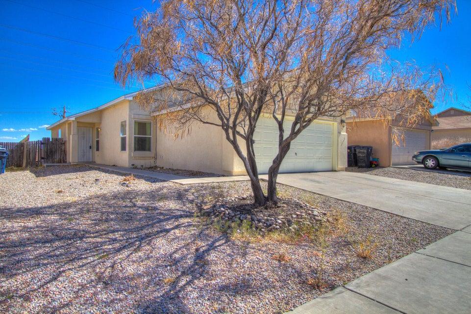 1104 Casa Roja Place NW, Albuquerque, NM 87120
