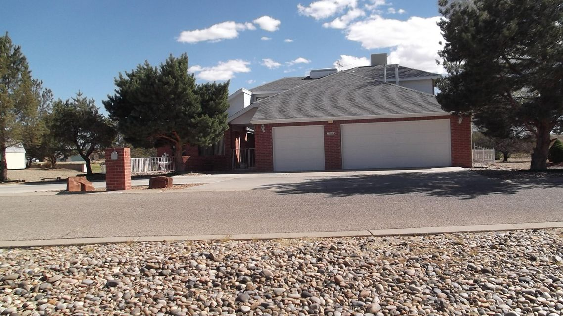 2004 SE Embarcadero Court SE, Rio Communities, NM 87002