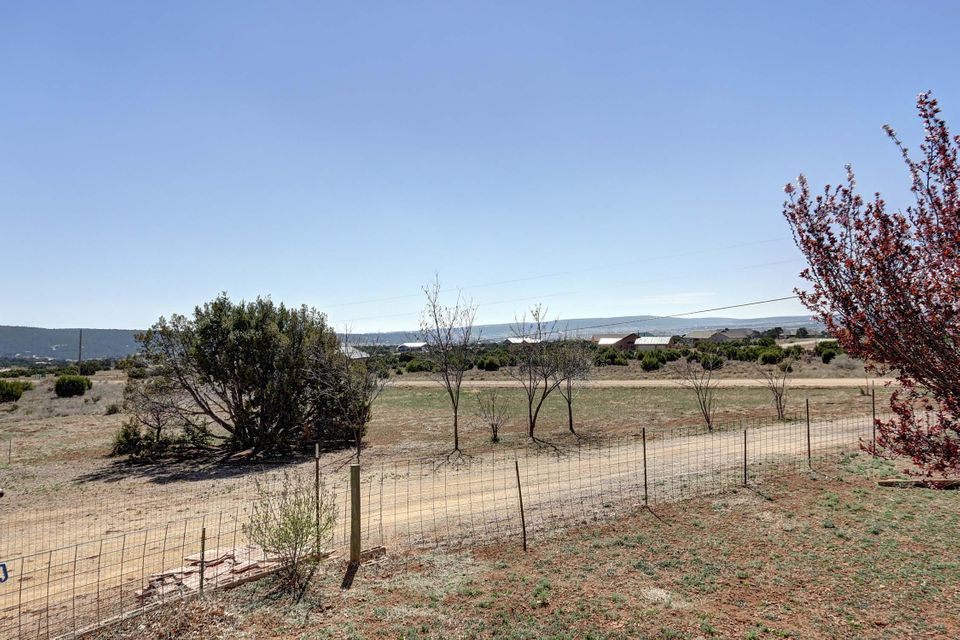 3 Guilford Road, Edgewood, NM 87015