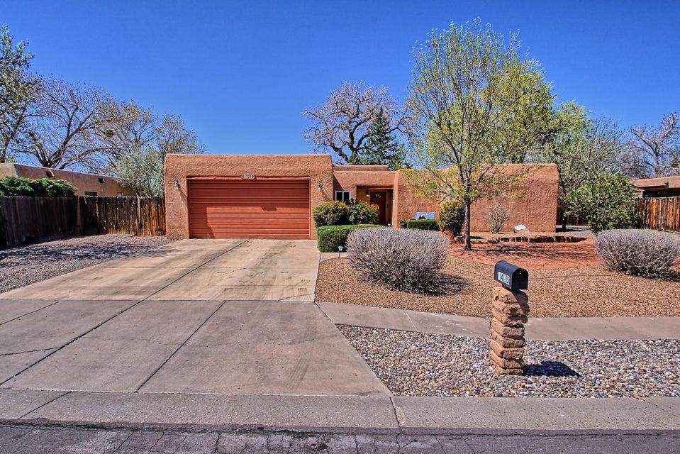 3425 Avenida Charada NW, Albuquerque, NM 87107