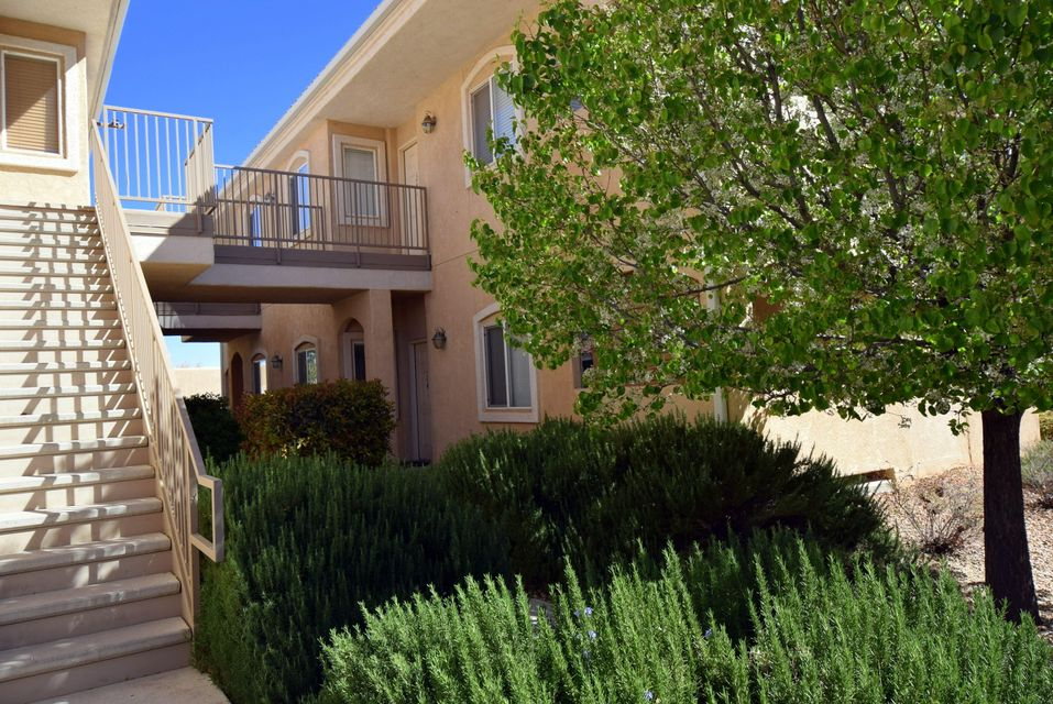 6800 Vista Del Norte Road NE APT 1513, Albuquerque, NM 87113
