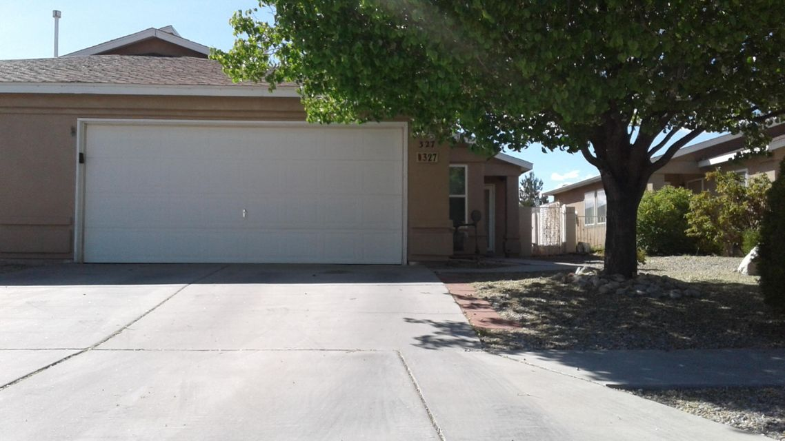 327 Via Vista Street SE, Albuquerque, NM 87123