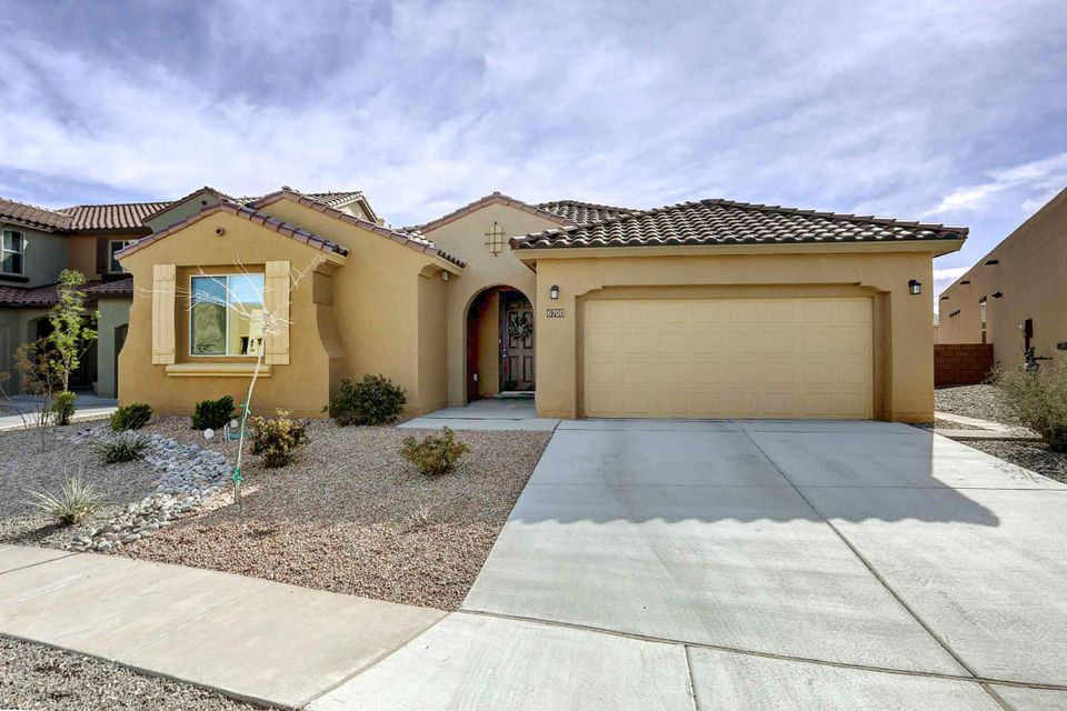 6700 Borde Abierto Street NW, Albuquerque, NM 87120