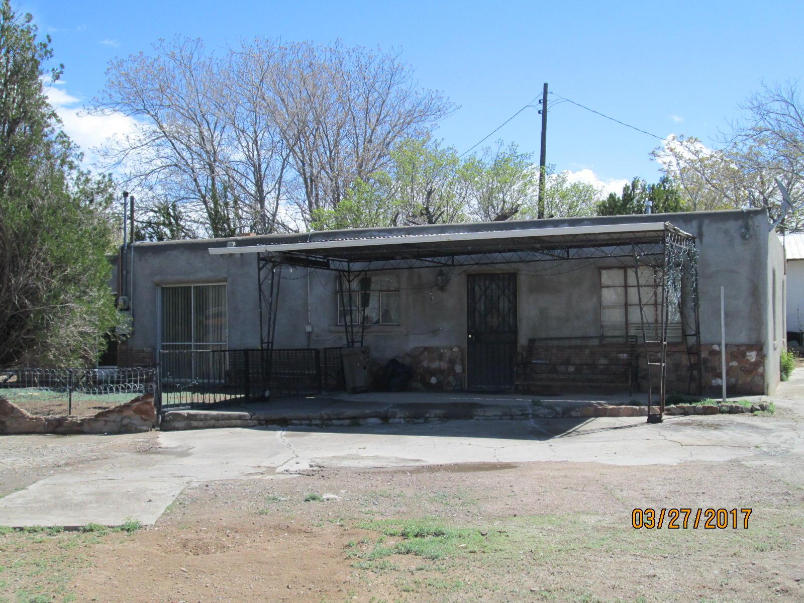 214 Garcia Road NE, Albuquerque, NM 87113