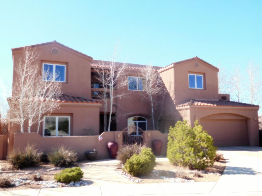 7409 Blue Holly Court NE, Albuquerque, NM 87113