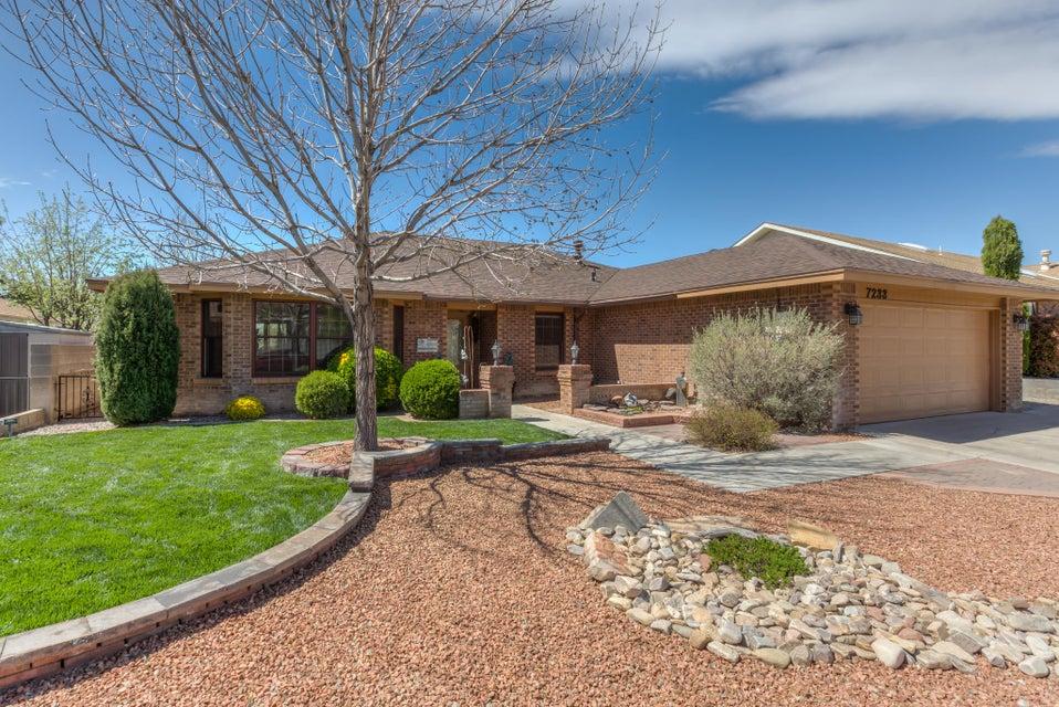 7233 General Kearny,Albuquerque,New Mexico,United States 87109,4 Bedrooms Bedrooms,2 BathroomsBathrooms,Residential,General Kearny,887792