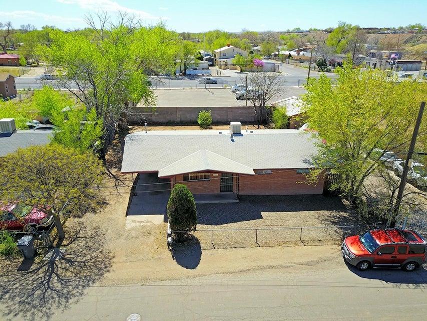 2624 Lucero Road SW, Albuquerque, NM 87105