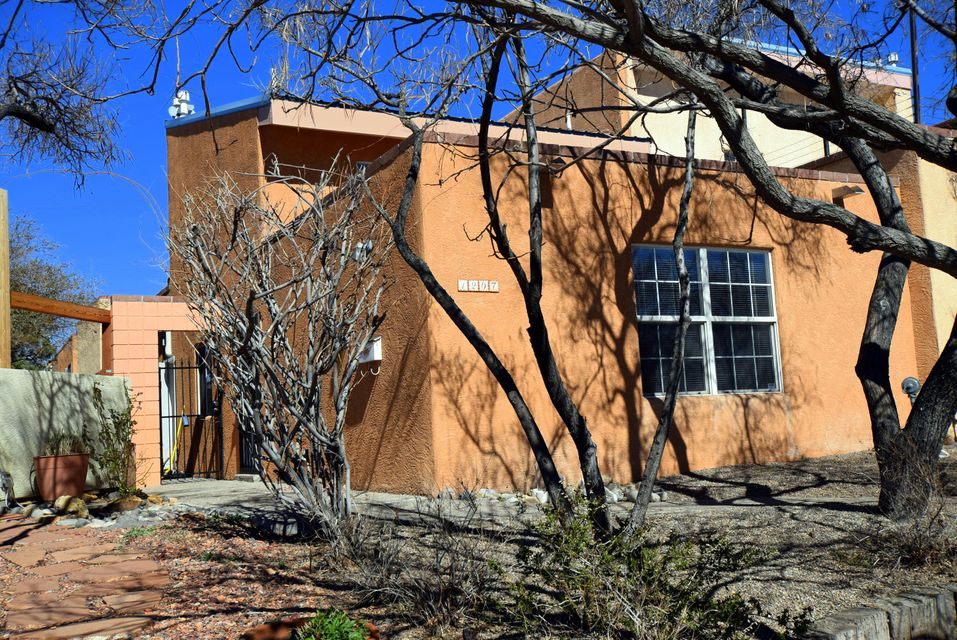 1207 Copper Avenue NE, Albuquerque, NM 87106