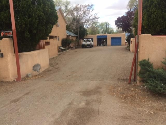 9629 2Nd Street NW, Albuquerque, NM 87114