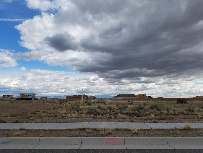 6516 Pato Road NW, Albuquerque, NM 87120