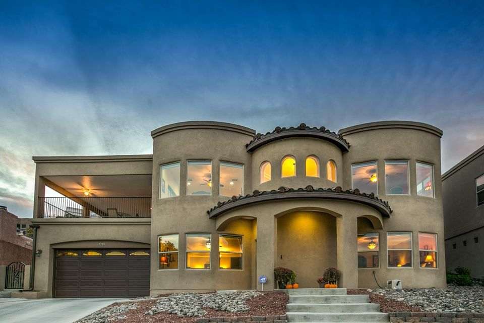 1715 Bluffside Drive NW, Albuquerque, NM 87105