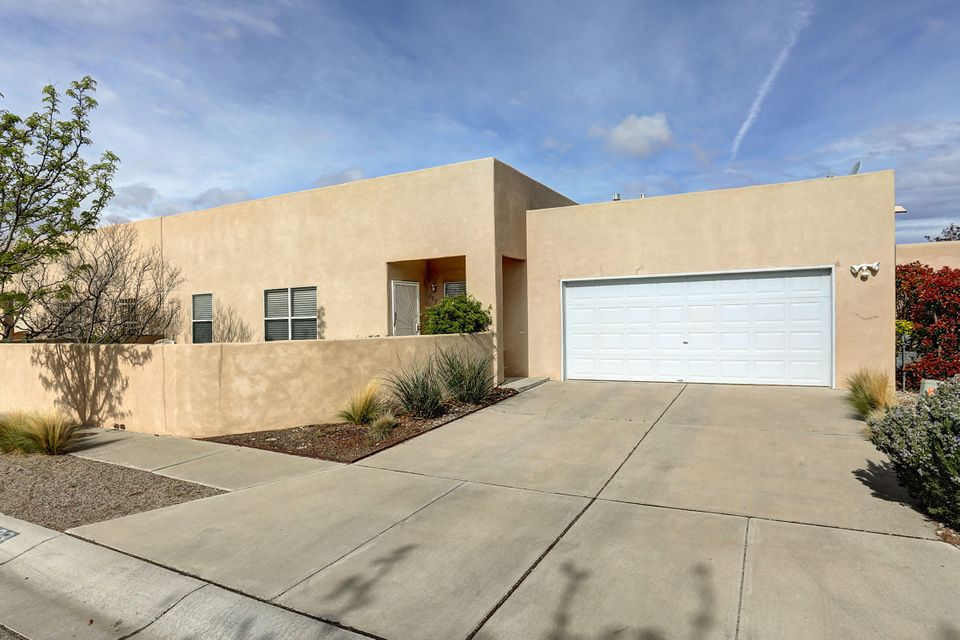 2923 Foraker Place NW, Albuquerque, NM 87107