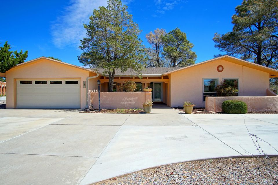 502 Ashberry Court SE, Rio Rancho, NM 87124