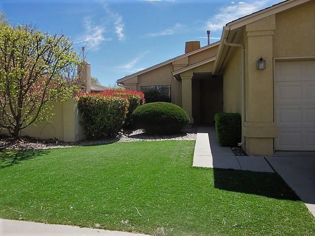 10800 Griffith Park Drive NE, Albuquerque, NM 87123