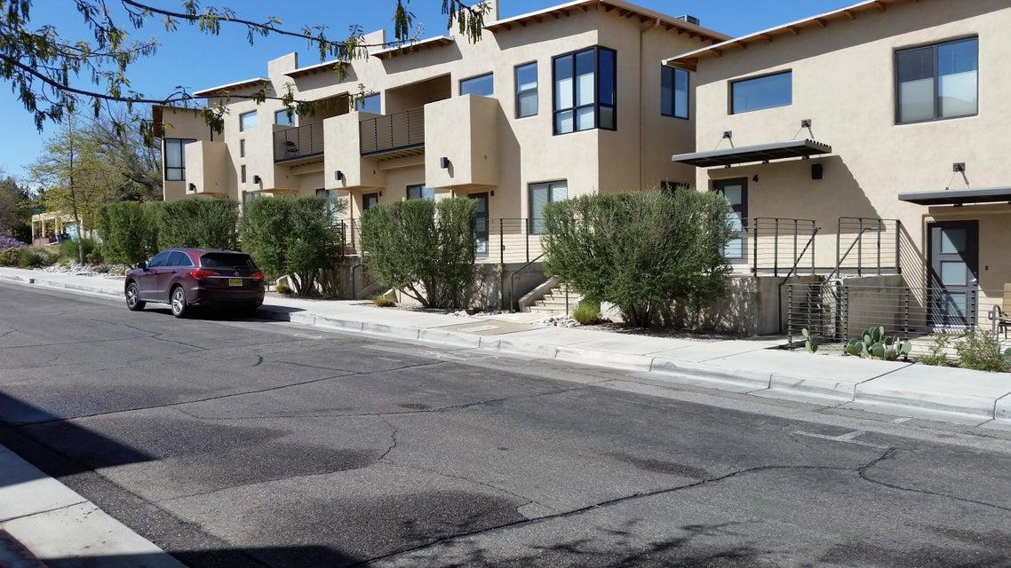 201 Aliso Drive SE 5, Albuquerque, NM 87108