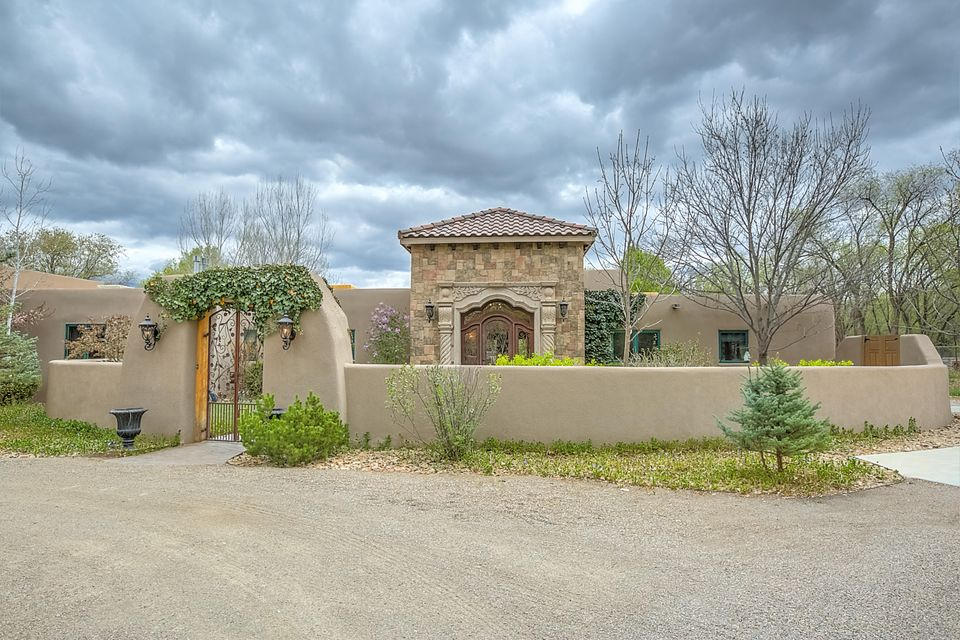 318 Parham Court, Corrales, NM 87048