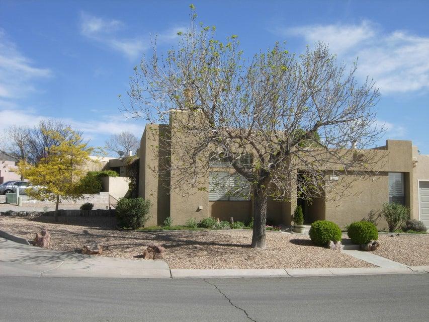 7204 Emily Street NE, Albuquerque, NM 87109
