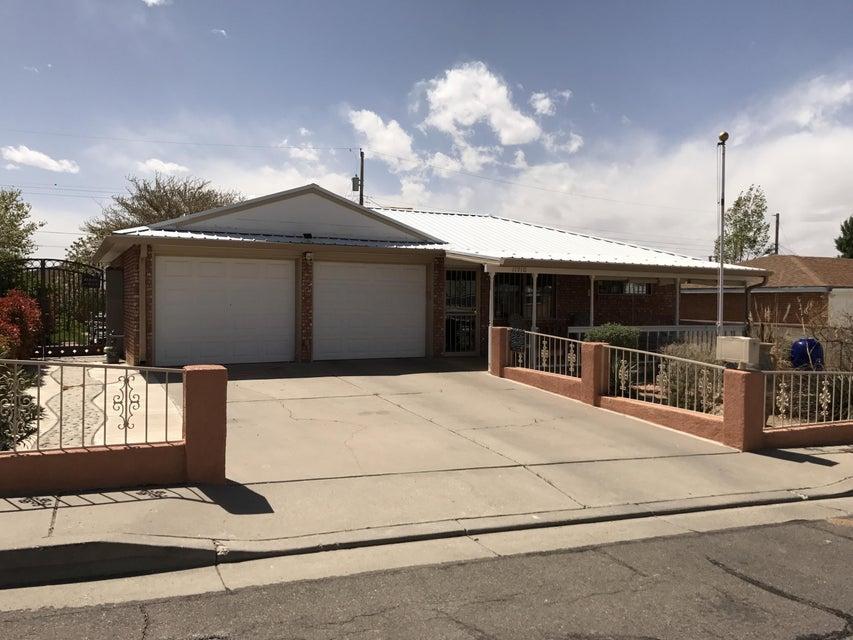 11912 Euclid Court NE, Albuquerque, NM 87112