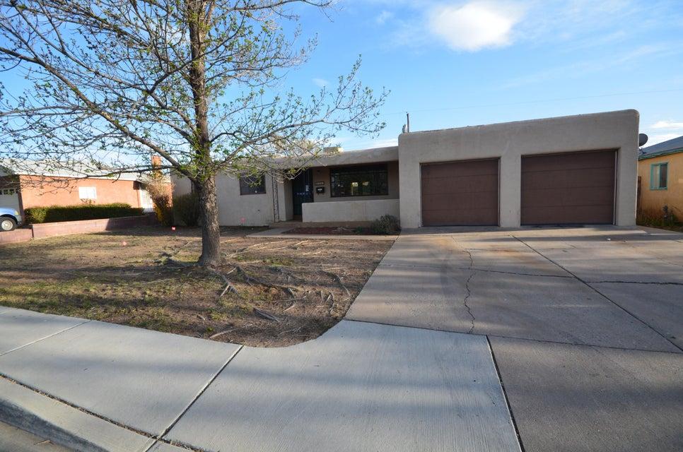 9630 Elvin Avenue NE, Albuquerque, NM 87112