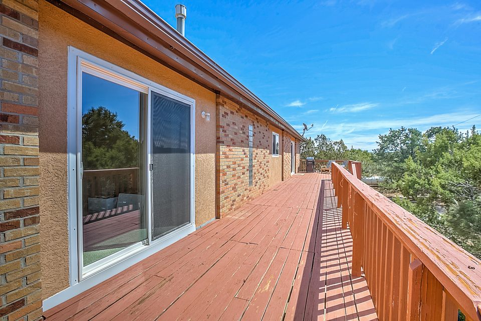 446 Frost Road NE, Sandia Park, NM 87047