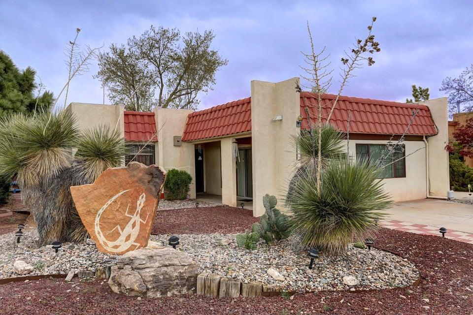 5539 Edie Place NW, Albuquerque, NM 87114