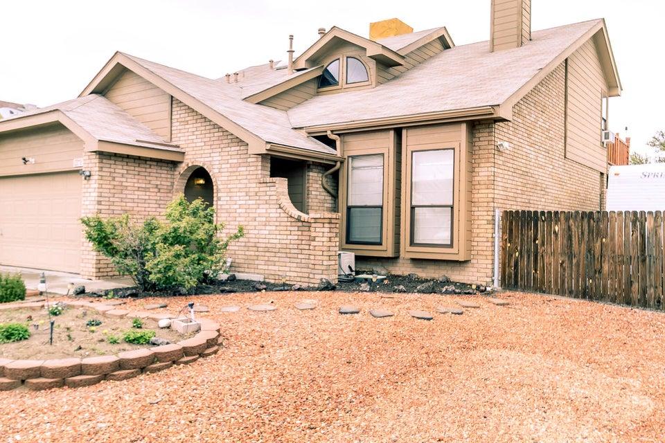 7812 Primrose Drive NW, Albuquerque, NM 87120