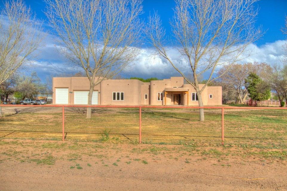 18 Tammie Lee Lane, Los Lunas, NM 87031