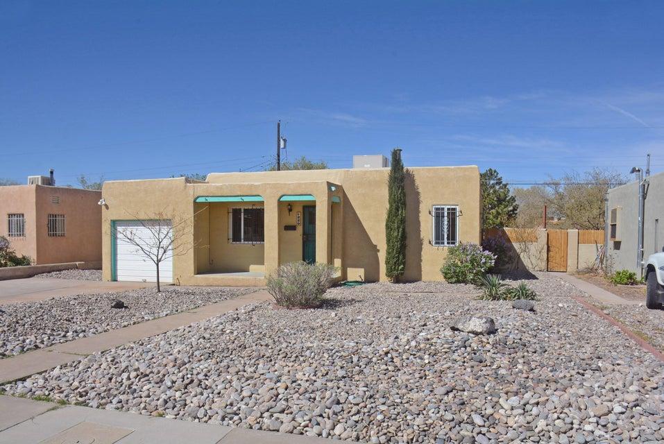 229 Cardenas Drive NE, Albuquerque, NM 87108