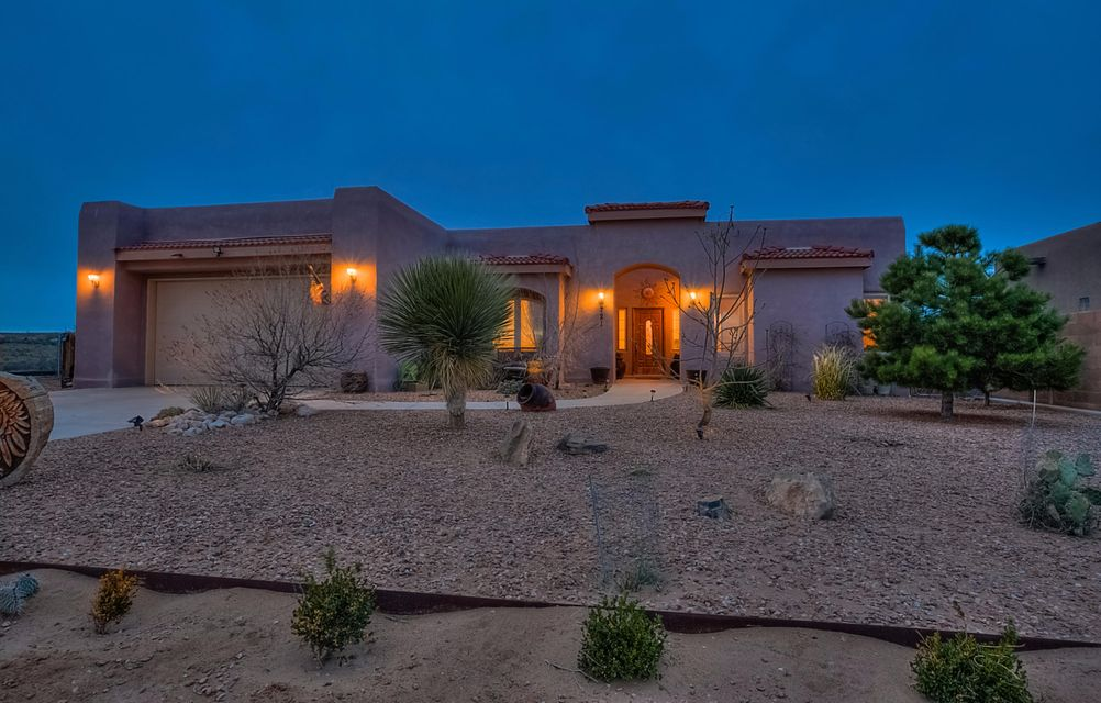 721 Starry Sky Avenue NE, Rio Rancho, NM 87144