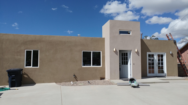 4955 Palo Alto Avenue SE, Albuquerque, NM 87108