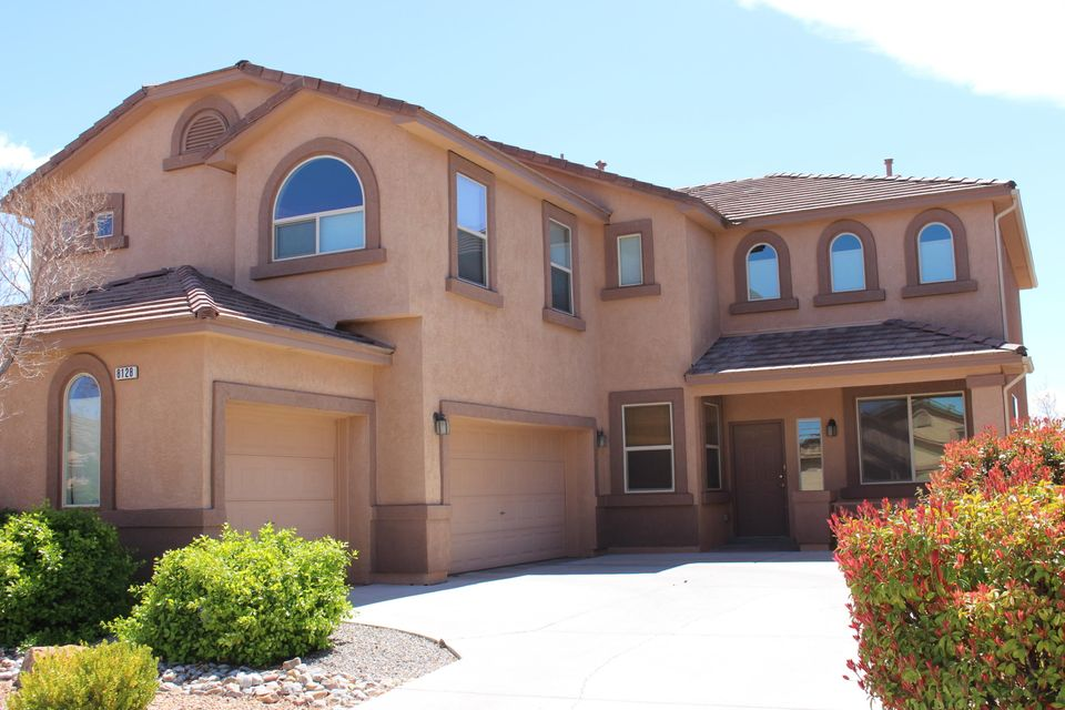 8128 Corn Mountain Place NW, Albuquerque, NM 87114