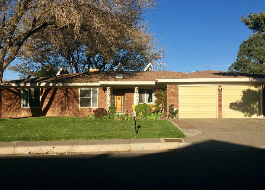 3817 Camino Sacramento NE, Albuquerque, NM 87111