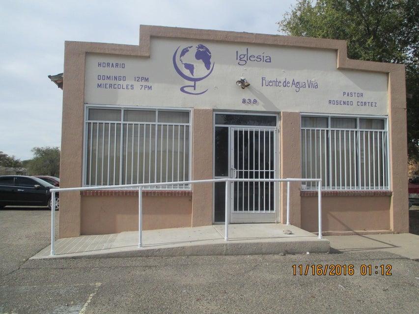 841 Miramon Avenue SW, Albuquerque, NM 87105