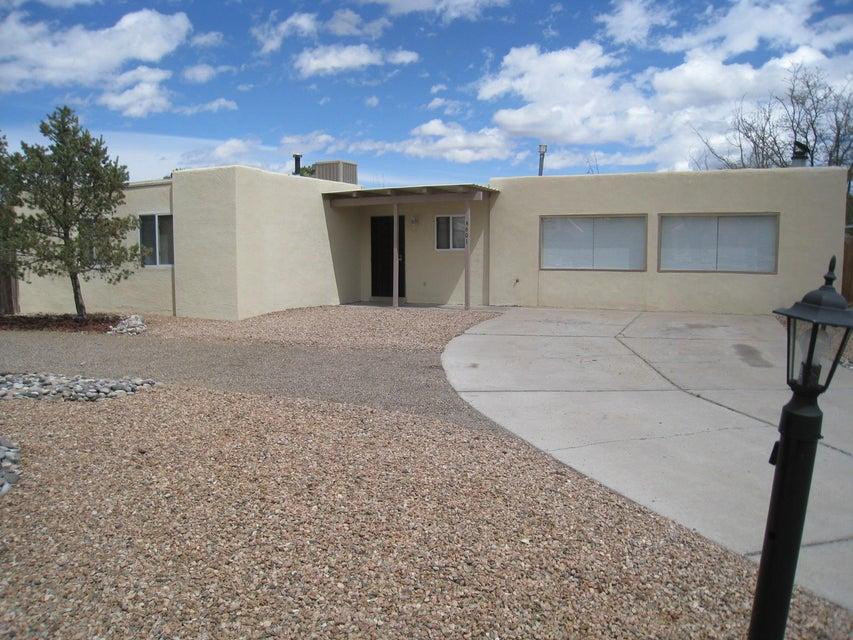 4601 Palmas Altas Drive SE, Rio Rancho, NM 87124