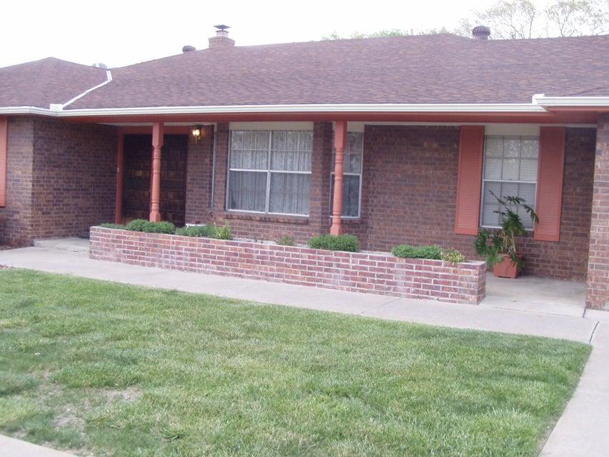 5321 Kings Row NE, Albuquerque, NM 87109