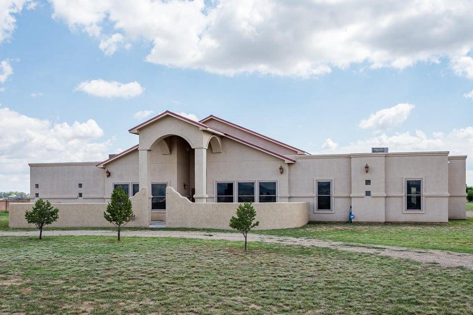 25 Lobo Drive, Moriarty, NM 87035