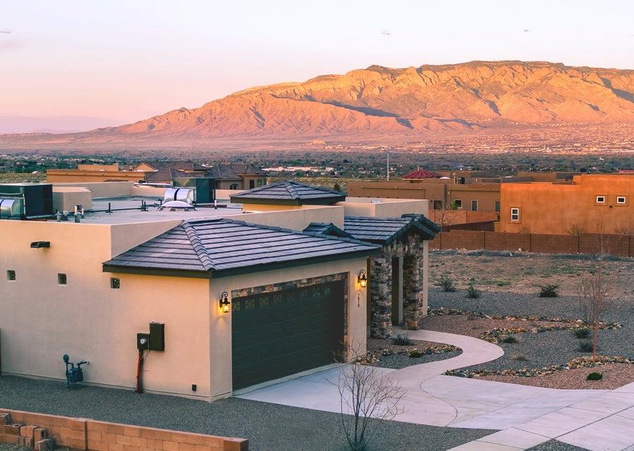 7919 Victoria Drive NW, Albuquerque, NM 87120