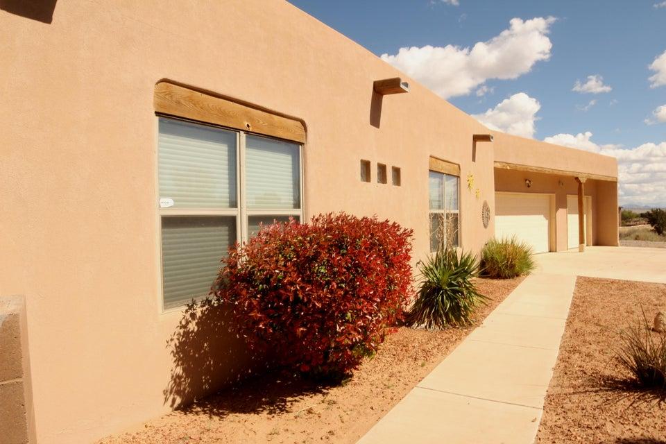 6921 Chapingo Road NE, Rio Rancho, NM 87144