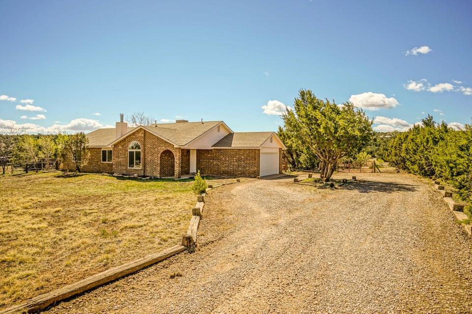 8 Appaloosa Lane, Edgewood, NM 87015
