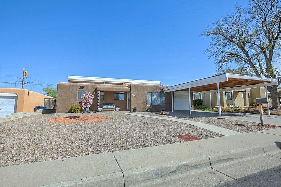 10017 Lexington Avenue NE, Albuquerque, NM 87112