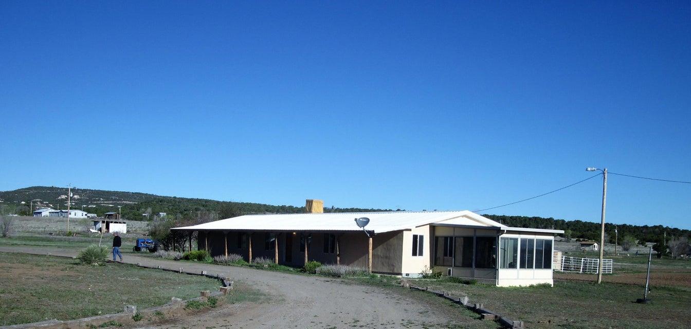 16 Navarro Road SE, Edgewood, NM 87015