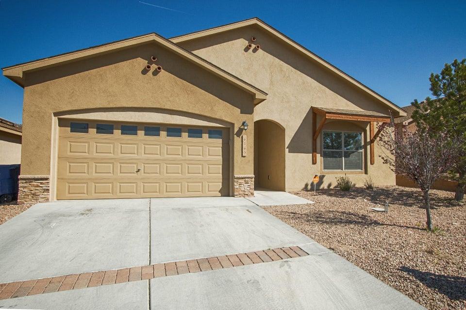 6263 Carmona Road NW, Albuquerque, NM 87114