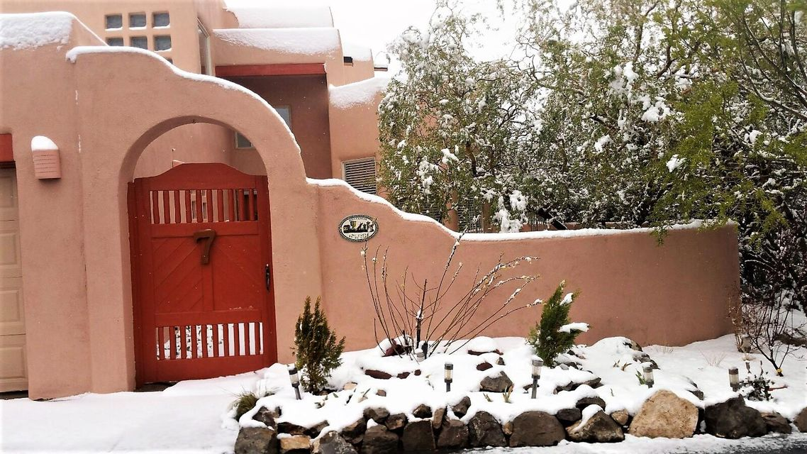 7 Las Lomitas Court, Edgewood, NM 87015