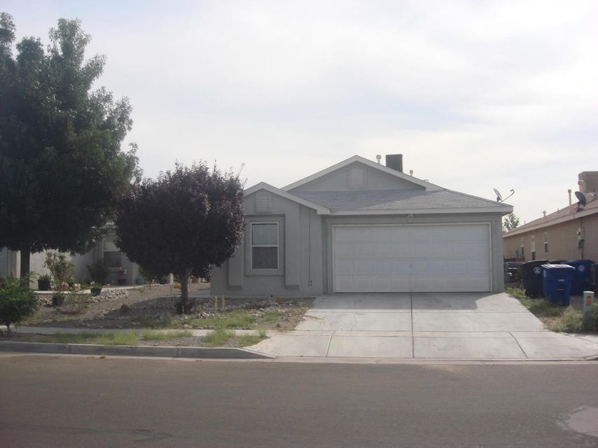 736 97th Street SW, Albuquerque, NM 87121